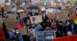 manifestazioni contro legge sull' aborto